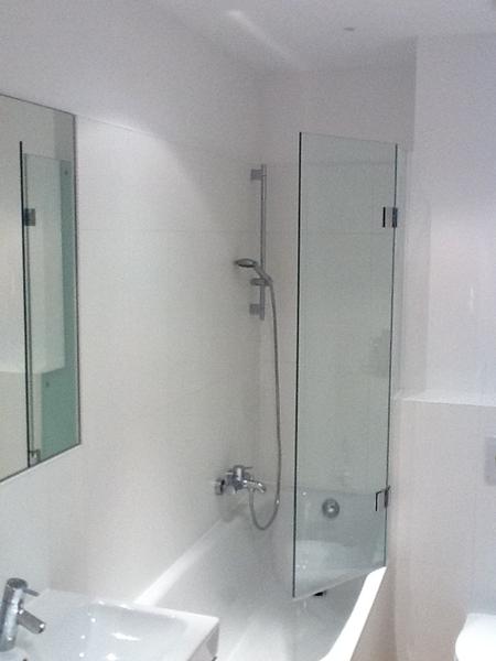 duschkabinen duschabtrennung ma anfertigung glaserei wenzel m nchen. Black Bedroom Furniture Sets. Home Design Ideas